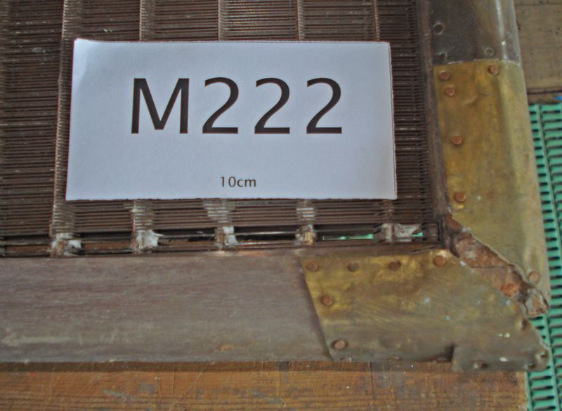 M222c - Very tired laid moulds