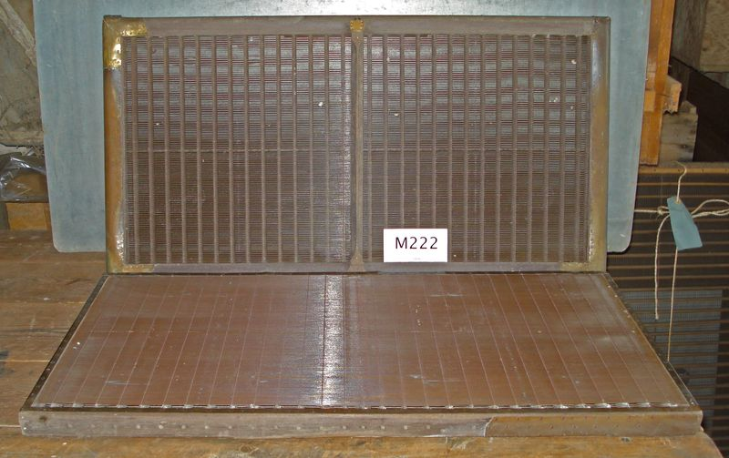 M222a - Very tired laid moulds