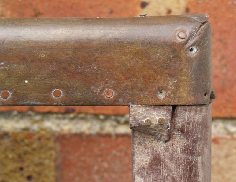 M205e Finale - damaged corner joint - top